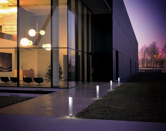 Fascinating Contemporary Outdoor Lighting